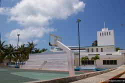 Basketball court at Isla Mujeres city hall area.jpg