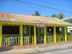 Bar and Restaurant on Isla Mujeres.jpg